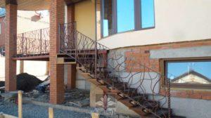 ограждение лестничных маршей и площадок частного дома в пос.Хитрова